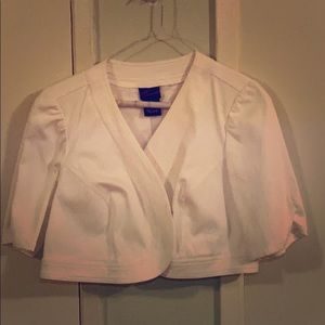 TORRID WHITE CROP TOP JACKET  / SHELL SZ 1 or 1X